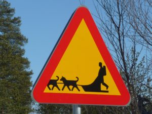 Verkehrszeichen Huskyschlitten Kiruna